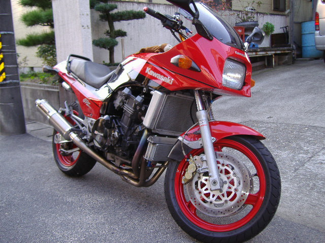 カワサキ GPZ 900R(NINJA)